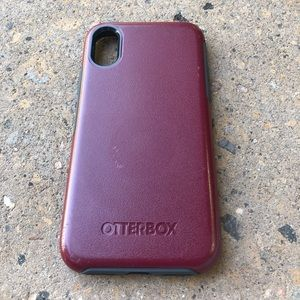 OtterBox Symmetry Case for iPhone X/XS Maroon